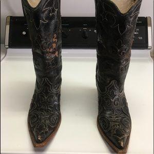 Ladies Cowboy Boots!